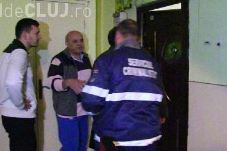 Spărgătorii de locuințe nu mai au frică de nimic! Au spart apartamente chiar și în timpul zilei la Dej VIDEO