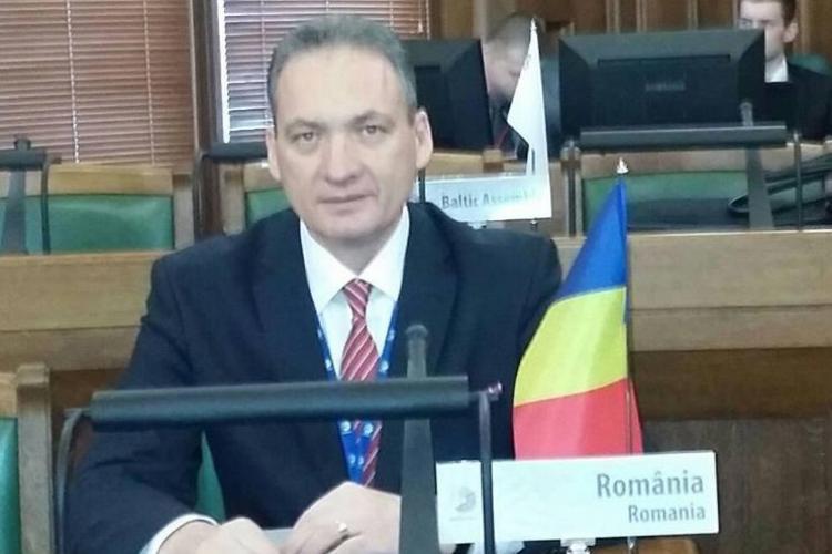 Senatorul PSD Cluj, Alexandru Cordoș, a fugit de presă după audierea de la DNA Cluj
