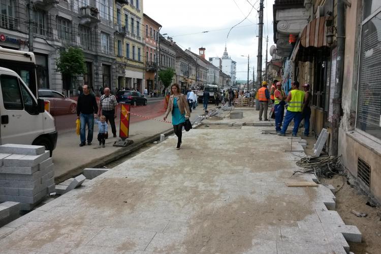 Detalii despre strada Memorandumului! Când va fi gata jumătate din stradă - FOTO