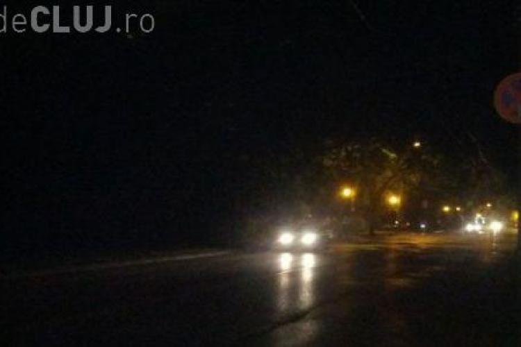 Dorel de la Electrica Cluj nu e capabil să regleze sistemul de iluminat public. A studiat problema un an și jumătate