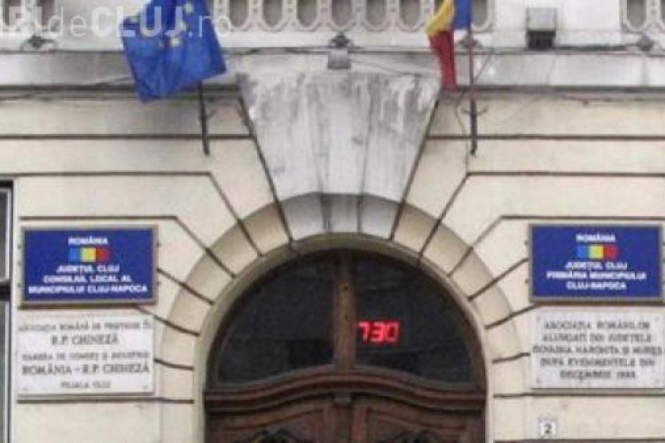 Funcționarii din Primăria Cluj și Consiliul Județean Cluj fac joi GREVĂ GENERALĂ pentru salarii