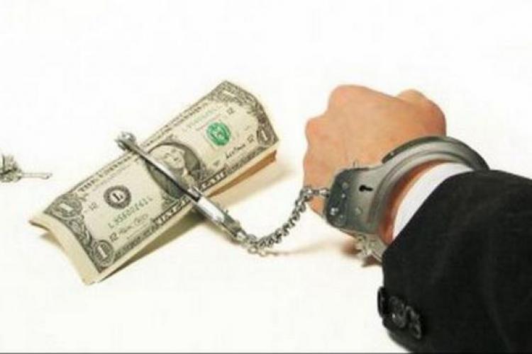 Patron prins de polițiștii clujeni că falsifica facturi și chitanțe