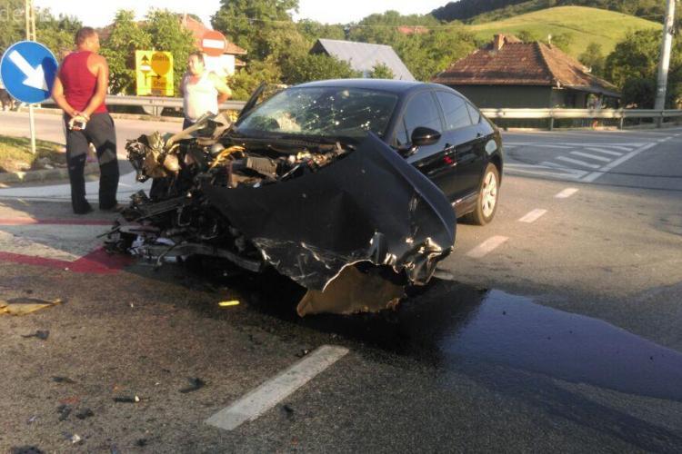 Accident cu EXPLICAȚII PENIBILE pe un drum din Cluj: Nu am văzut TIR -ul de soare! - FOTO