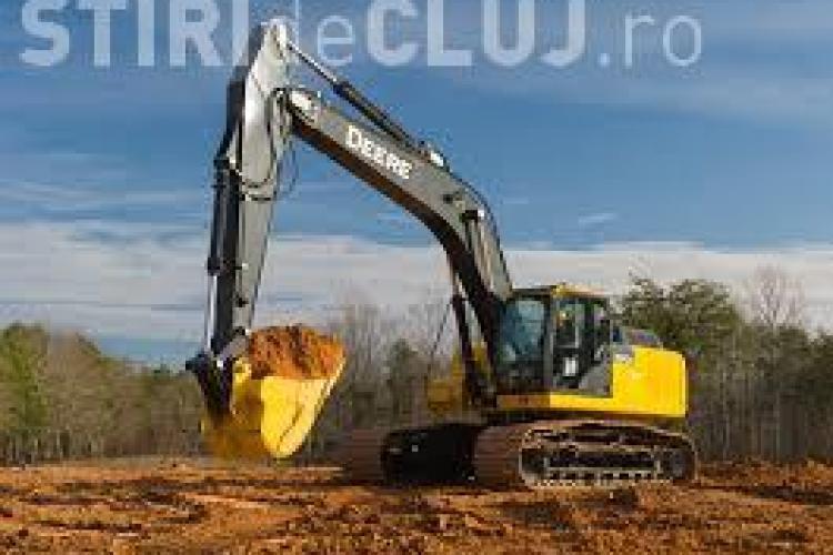 Excavator furat din Germania, folosit la șantierul de la Autostrada Sebeş-Turda