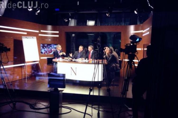 Bătaie la Nașul TV. Robert Turcescu i-a desparţit de scandalagii