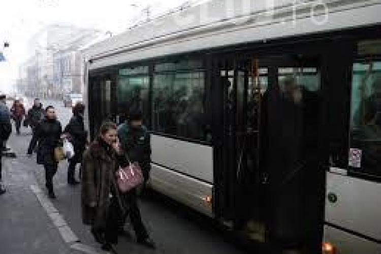 Tramvaiele și troleele CTP Cluj blocate de două ori, în două zile. Cine este de vină