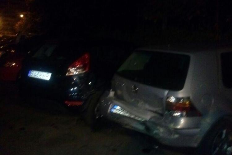 Incident pe strada Dragalina! Un șofer a lovit mai multe mașini și a FUGIT. Un martor i-a notat numărul de înmatriculare